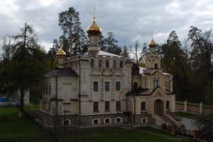 Храм в честь свт. Льва Катанского и прп. Иоанна Рыльского. Оптина Пустынь